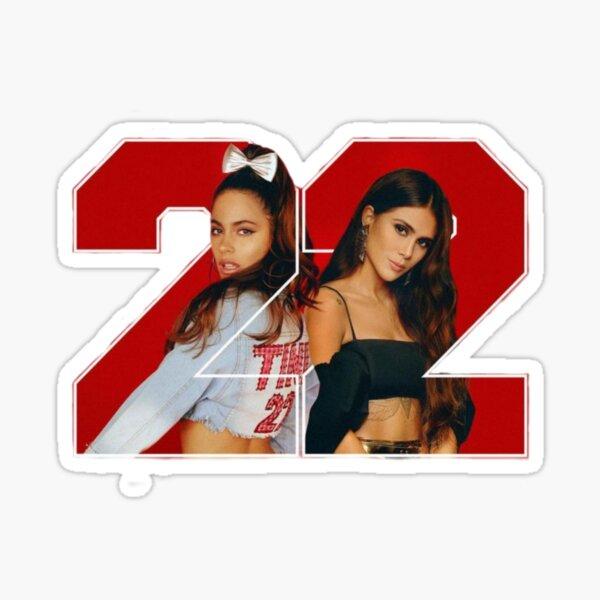 22 - Tini y greeicy Pegatina