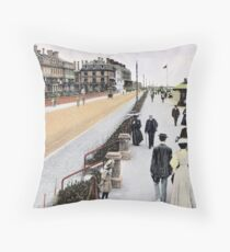 1900 Worthing West Sussex Heene Parade, coastal scene Throw Pillow