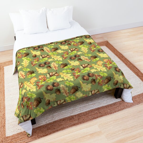 Autumn acorns in olive green Comforter