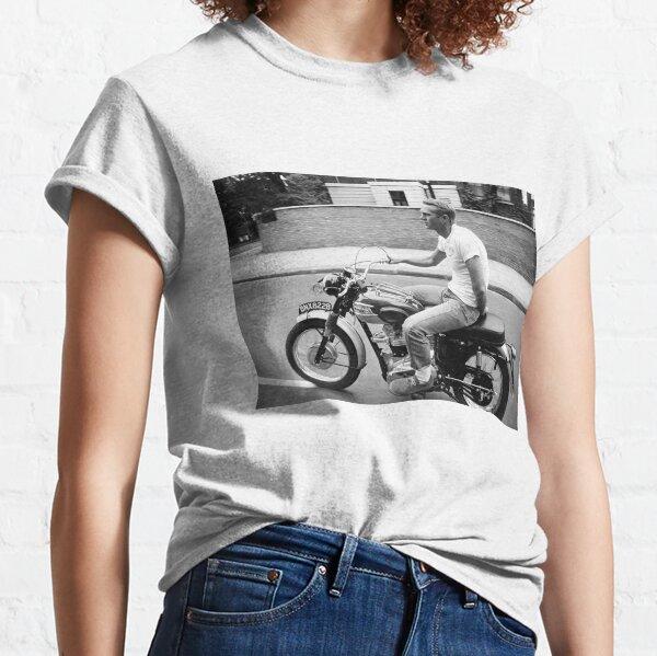 Steve McQueen sur la moto T-shirt classique