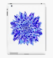 Beautiful unique deep blue chrysanthemum iPad Case/Skin