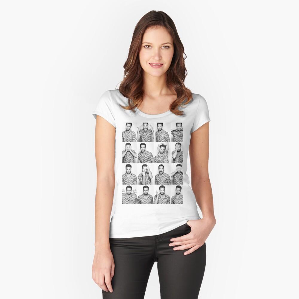 Kiefernzeit Tailliertes Rundhals-Shirt