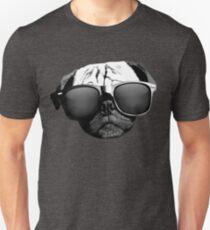 Camiseta unisex Caesar the Pug en gafas de sol Rayban de AiReal Apparel