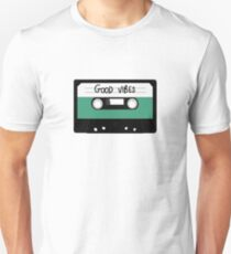 HIPSTER :: GOOD VIBES MUSIC T-Shirt