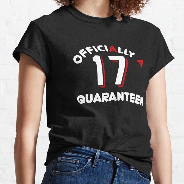 Oficialmente A Quaranteen 17 ° cumpleaños Camiseta clásica