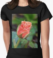 Rosebud 04 T-Shirt