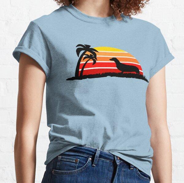 Dachshund on Sunset Beach Classic T-Shirt