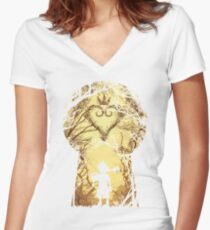 The key Women's Fitted V-Neck T-Shirt