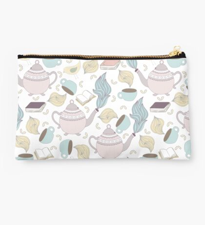 Teaparty Studio Pouch