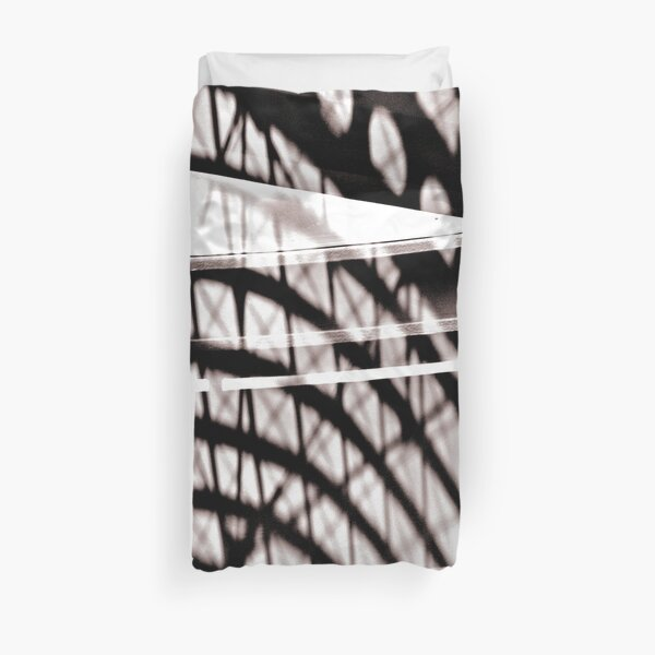 Forms in the mirror of time Duvet Cover