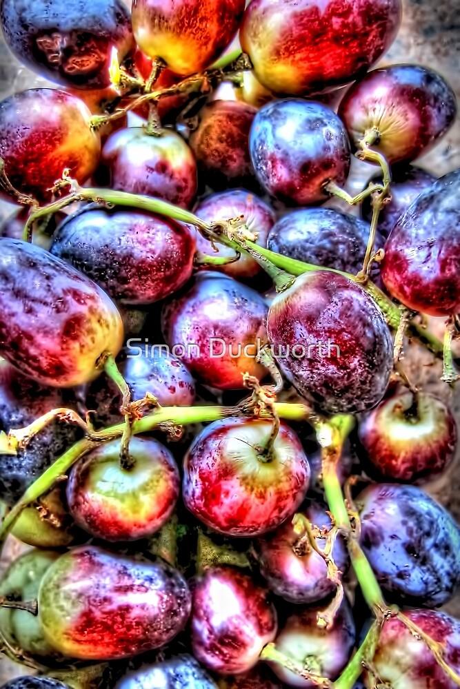 Grapes by Simon Duckworth