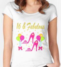 16 UND FABELHAFTER SHOW-LIEBHABER Tailliertes Rundhals-Shirt