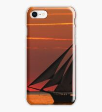 Oldtimer auf See iPhone Case/Skin
