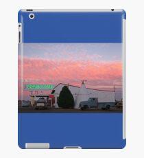 Nostalgic Motel Under Arizona Sunset iPad Case/Skin