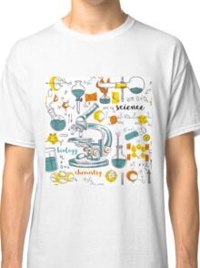 Vintage seamless pattern old chemistry laboratory with microscope, tubes and formulas Classic T-Shirt