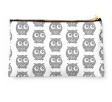 Black and White Floral Owl Studio Pouch