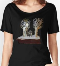 Tumnus and Lucy Narnia book sculpture Women's Relaxed Fit T-Shirt
