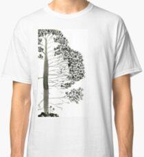 Single Pine, a symbol of longevity Classic T-Shirt