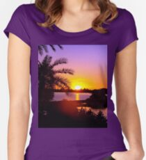 Sun's goodnight kiss Women's Fitted Scoop T-Shirt
