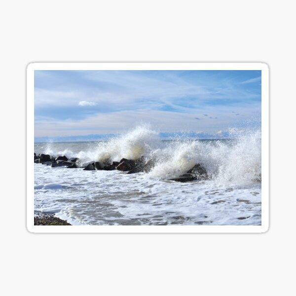 Wellenschlag  vor der Insel Hiddensee Sticker