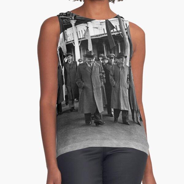 В. М. Молотов, Л. П. Берия, Г. М. Маленков, А. И. Микоян, В. С. Абакумов. Москва, 1 сентября 1948 года Sleeveless Top