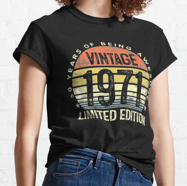 50 Year Old Gifts Vintage 1971 Limited Edition 50th Birthday merch Classic T-Shirt