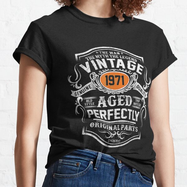 Mens 50 Years Old 1971 Vintage 50th Bday Gift Tee Decorations merch Classic T-Shirt