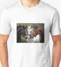 Three friends Unisex T-Shirt