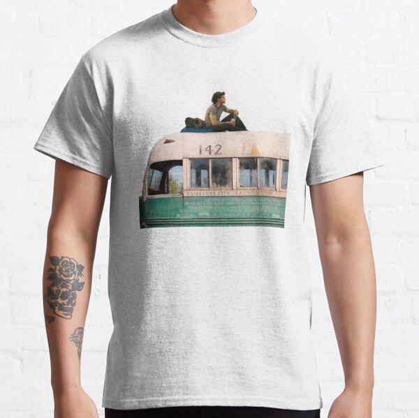"""""""La felicidad solo es real cuando es compartida"""" Camiseta clásica"""