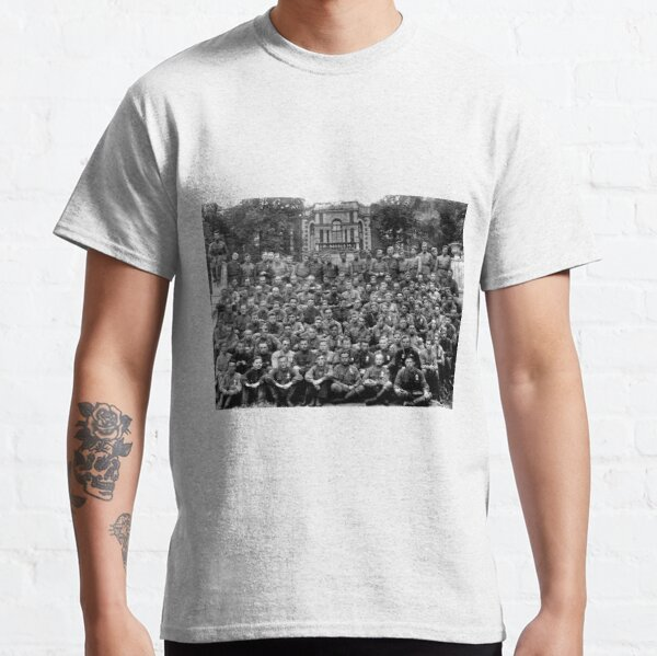 WWII soldiers Classic T-Shirt
