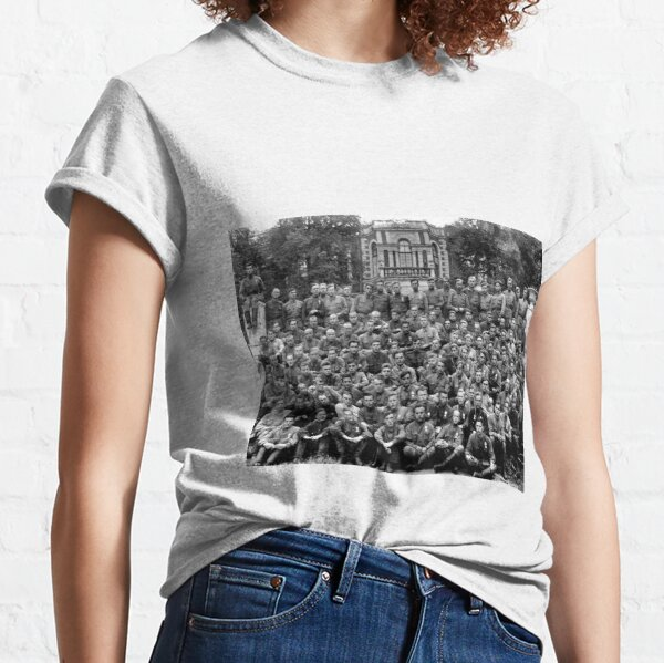 Political Poster, WWII soldiers Classic T-Shirt