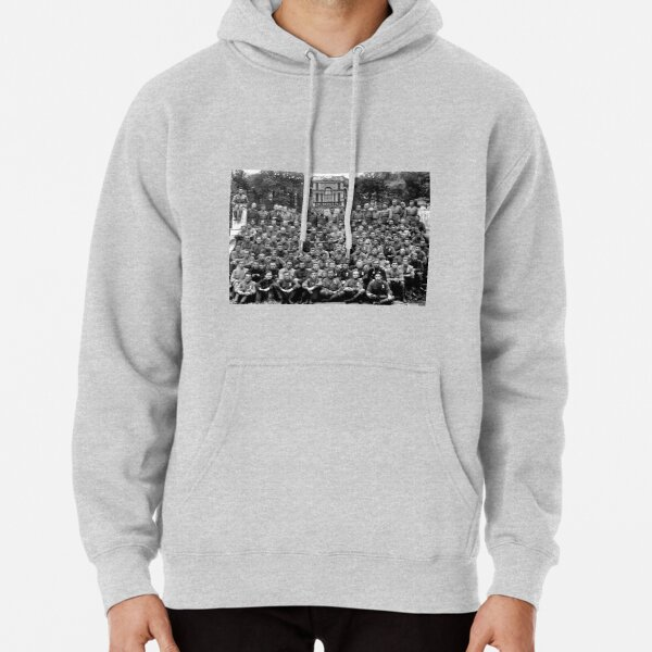 WWII soldiers Pullover Hoodie