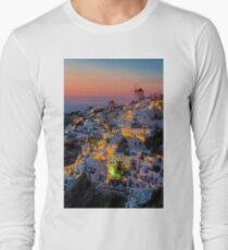 Oia colorfull night Santorini Long Sleeve T-Shirt