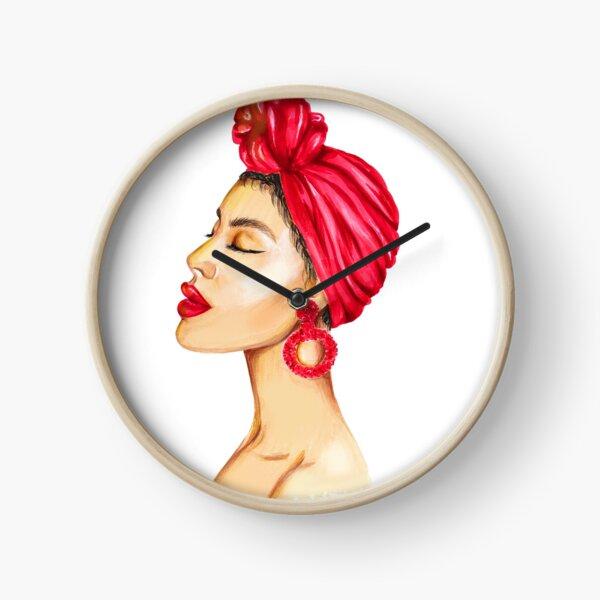 Mode portrait d'une dame aux lèvres rouges Horloge