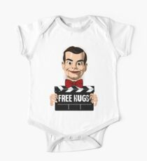 slappy free hugs One Piece - Short Sleeve