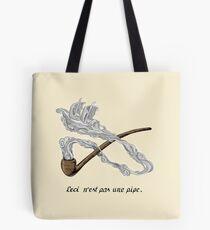 ceci n'est pas une pipe Tote Bag