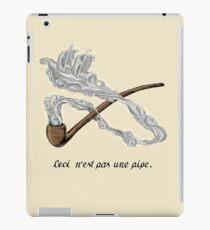 ceci n'est pas une pipe iPad Case/Skin