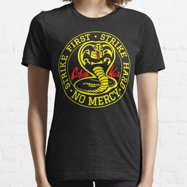 Tournoi de karaté - Cobra Kai T-shirt essentiel
