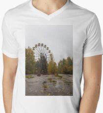 Pripyat Chernobyl Ferris Wheel  Men's V-Neck T-Shirt