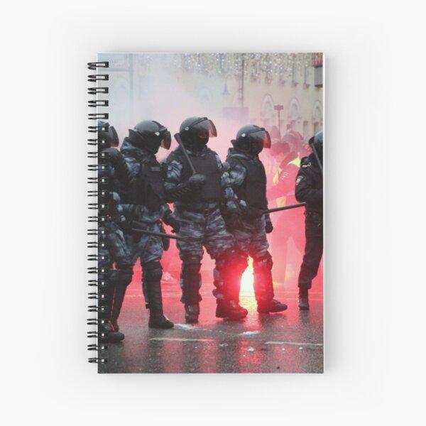 Riot: В Москве, Санкт-Петербурге, Красноярске, Владивостоке и других городах полиция и Росгвардия применили силу. Spiral Notebook