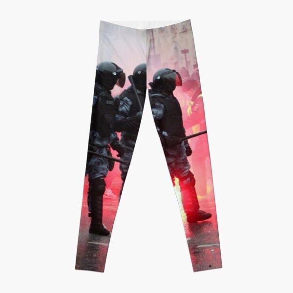 Riot: В Москве, Санкт-Петербурге, Красноярске, Владивостоке и других городах полиция и Росгвардия применили силу. Leggings