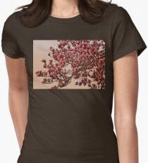 Magnolia Tree In Bloom - Antique Victorian Needlepoint Effect Women's Fitted T-Shirt