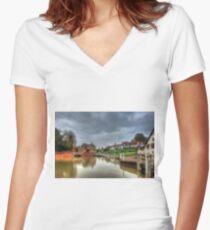 Finchingfield  Women's Fitted V-Neck T-Shirt