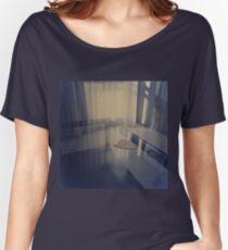 Liebesherz auf dem Tisch - Hasselblad 500cm handgemachter Dunkelkammerfarbdruck Loose Fit T-Shirt