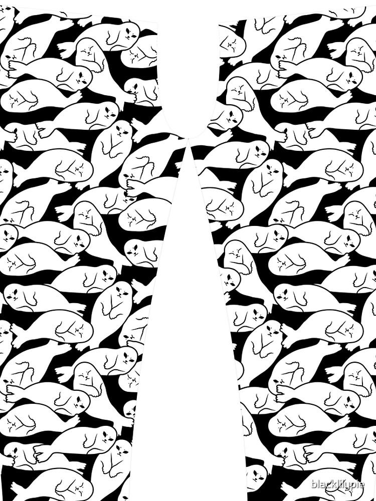 Baby Seals (might be evil) by blacklilypie