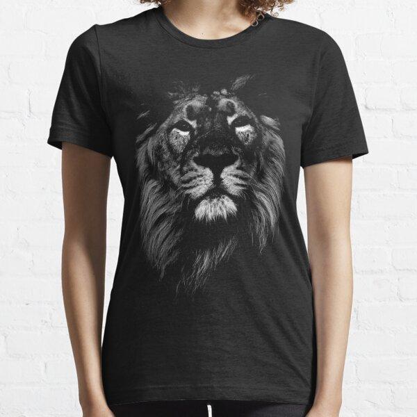 lion, indian lion Essential T-Shirt