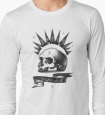 Misfit Skull – Chloe Price, Pricefield Long Sleeve T-Shirt