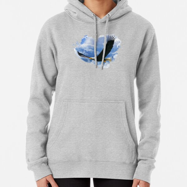 Eagle in the clouds Pullover Hoodie