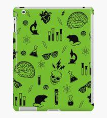 Weird Science in Green iPad Case/Skin