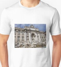 Famous Trevi Fountain in Rome, Italy T-Shirt